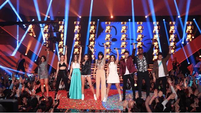 «Евровидение гала» также показало выступление Элени Форейра