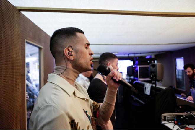 Микрофоны для исполнителей