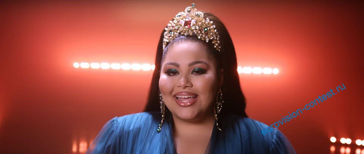 Кадр из клипа Destiny Je Me Cassa