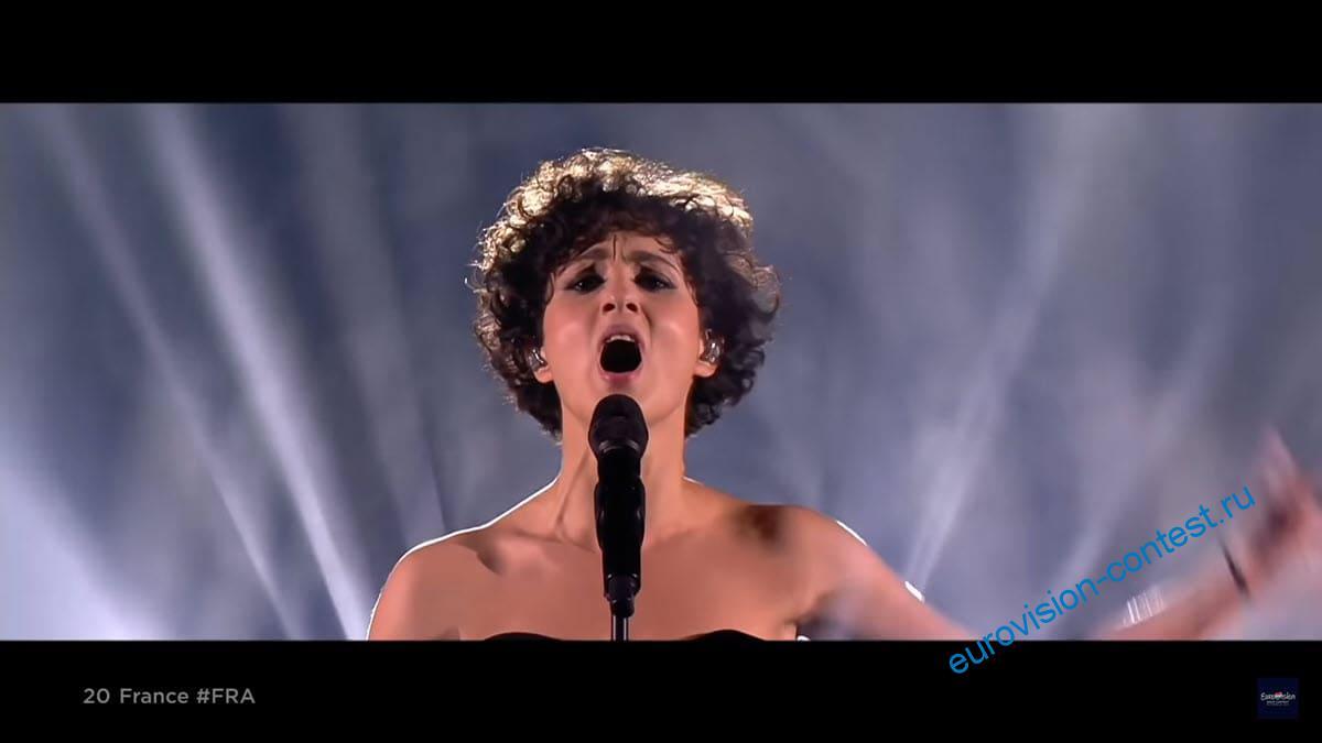 Выступление Barbara Pravi в финале Евровидения 2021 с песней Voilà
