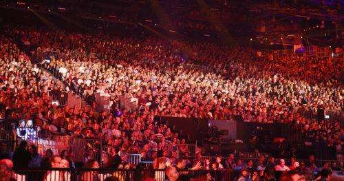 Fans go wild as the 1 Semi-Final of Eurovision 2019 kicks off