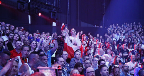 Fans go wild as the first Semi-Final of Eurovision 2019 kicks off 3