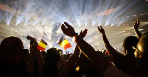 Fans go wild as the first Semi-Final of Eurovision 2019 kicks off 5
